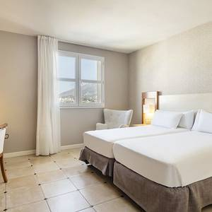 Chambre accessible Hotel ILUNION Fuengirola Fuengirola